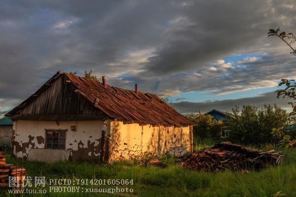 夕阳下的村落
